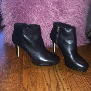 AUTHENTIC MICHAEL KORS leather black heel boots!!!